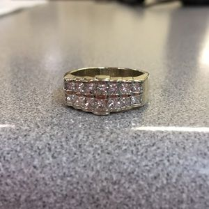 Gorgeous 1.28CTW diamond, solid 14k, 9.4gm, Sz 7.5